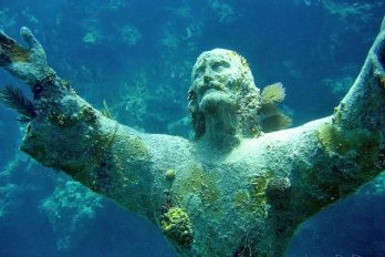 christ-of-the-abyss ایتالیا